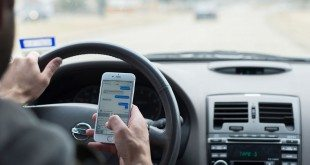 Lawsuit Demands Apple Add Lock-Out System to iPhone to Prevent Texting While Driving
