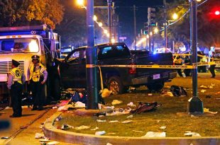 Car Plows into Crowd at Mardi Gras Parade in New Orleans, Louisiana, 21 Revelers Injured