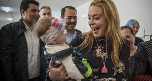 Lindsay Lohan Wants to Talk to Trump and Putin About Syrian Refugee Crisis