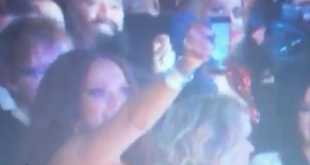 People Think Rihanna Facetimed Drake Live From The Grammys And Twitter Can't Cope