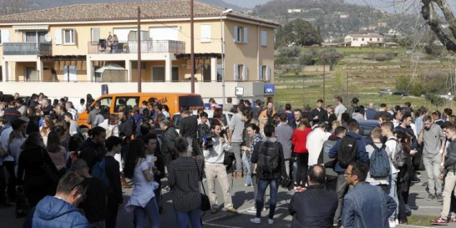 "Student ""Fascinated by Firearms"" Wounds Four in French School Shooting"