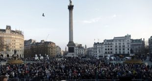 Thousands Attend Trafalgar Square Vigil for London Terror Attack Victims