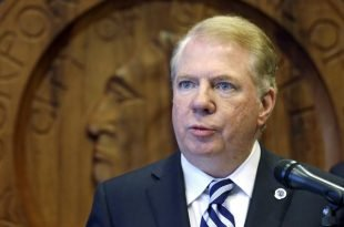 Seattle Mayor Ed Murray Drops Re-Election Bid after Sex Abuse Claims