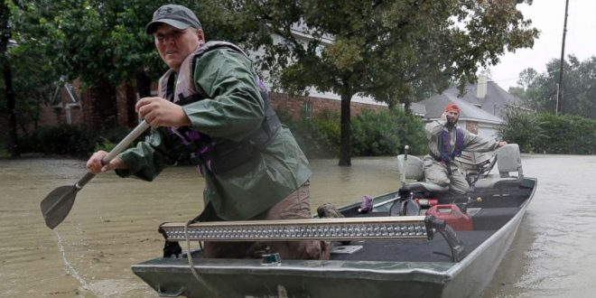 Cajun Navy Brings Boats From Louisiana to Help Flood-Ravaged Houston