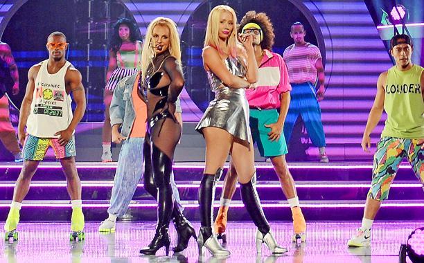 Britney Spears and Iggy Azalea ''Pretty Girls'' at BBMAs 2015