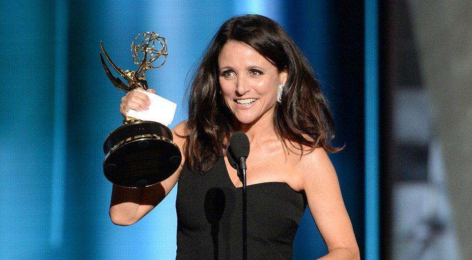 VEEP Star Julia Louis-Dreyfus Roasts Donald Trump At The Emmy's