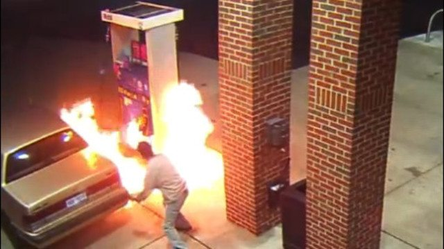 Center Line, Michigan: Man Sets Fire to Gas Station While Trying to Kill a Spider