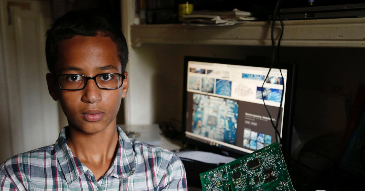 Muslim Student Ahmed Will Not Be Charged For Homemade Clock Teachers Mistook For Bomb
