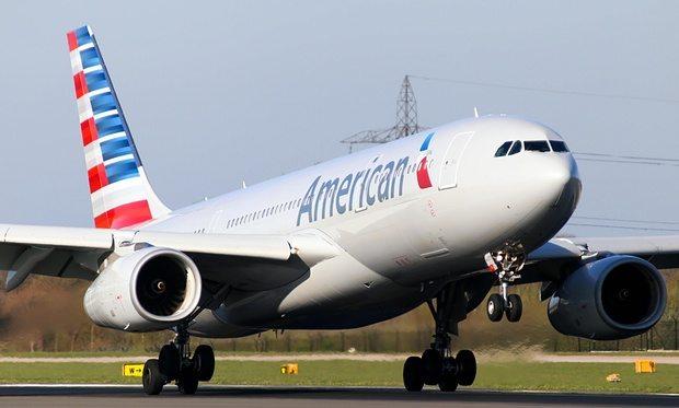 American Airlines Plane Makes Emegency Landing After Pilot Dies Mid-Flight