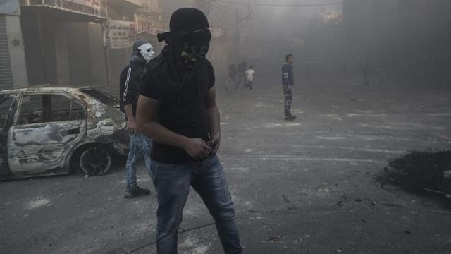 5 Palestinians Attack Israel Defense Forces, Civilian With Kitchen Knives, Officials Say