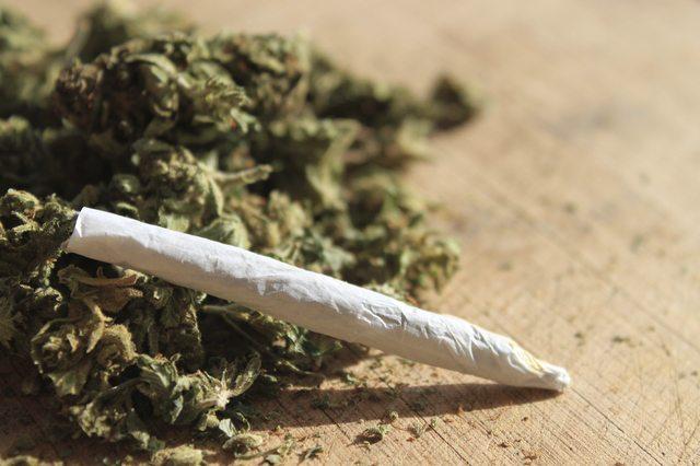 Austintown, Ohio Man Calls Cops to Complain He Got too High on Marijuana