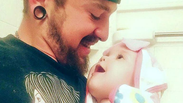 21-Year-Old Richard Johnson Details Struggle to Raise His 10-Month-Old Daughter As a Single Parent