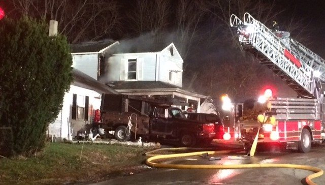 Hamilton, Ohio: Firefighter Dies After Falling Through Floor While Fighting House Fire