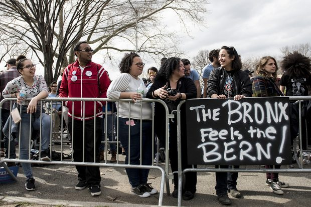 Bernie Sanders Holds Rally in New York City With Spike Lee and Rosario Dawson