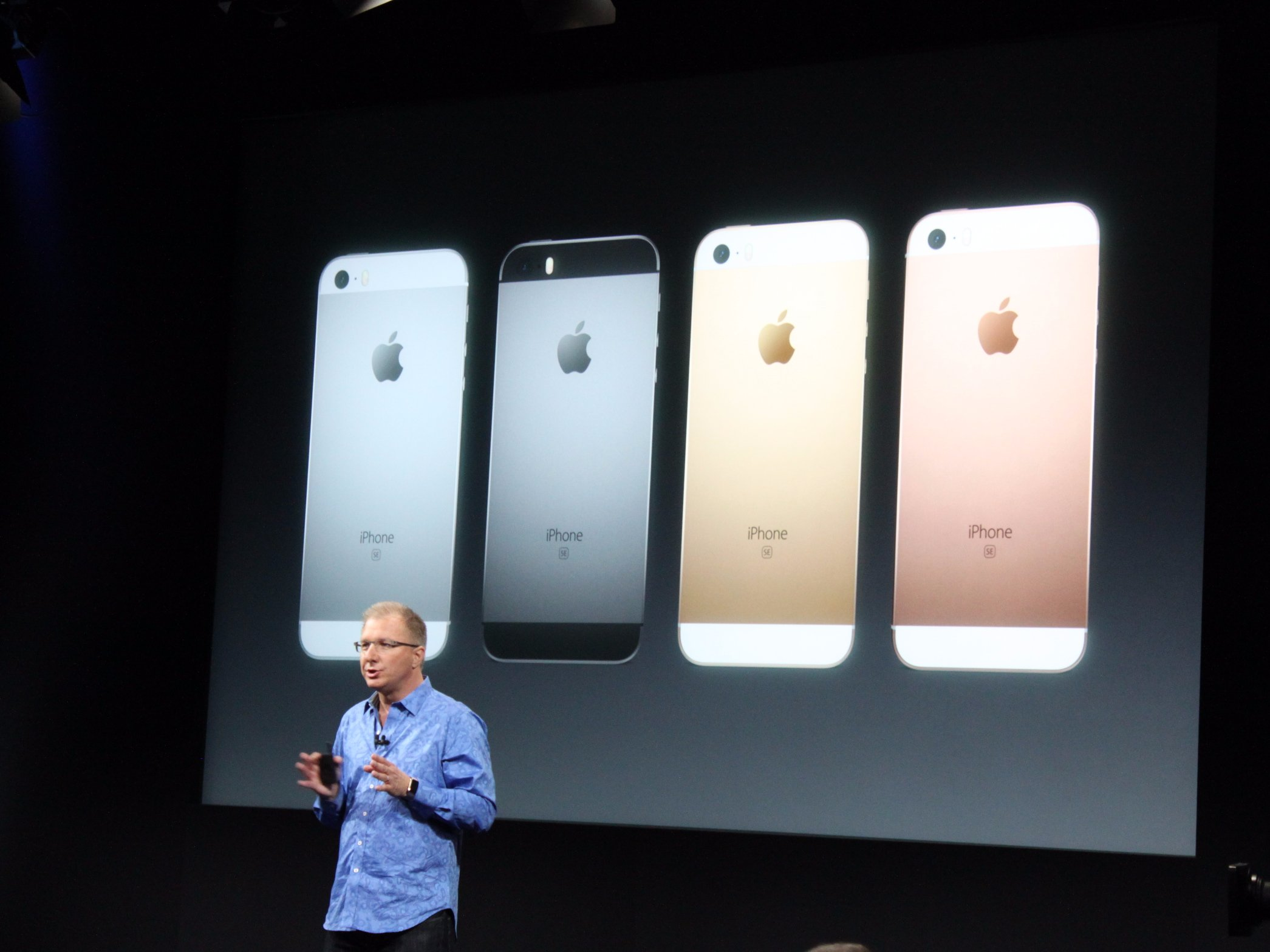 Here's The New Small iPhone SE