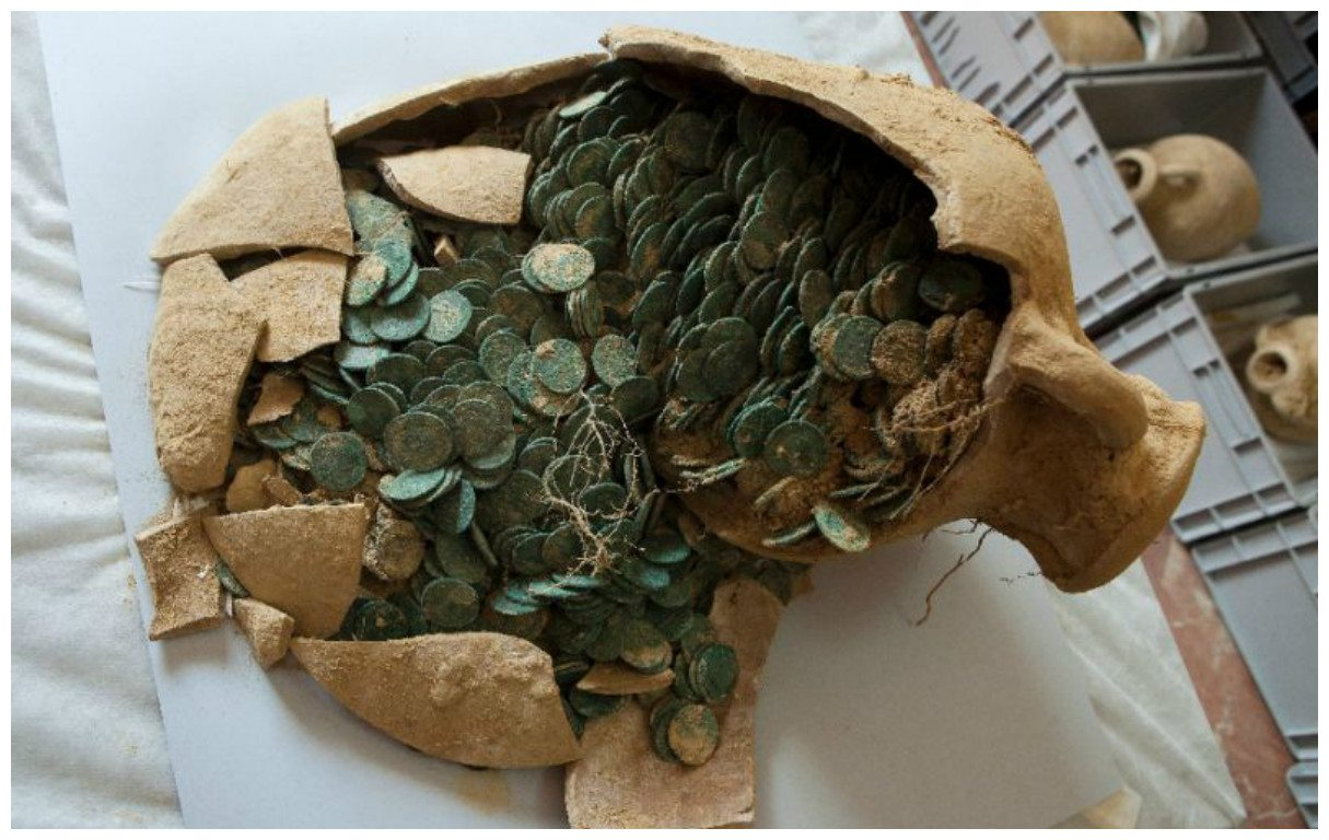 Tomares, Spain: Over 1,300 Pounds of Roman Coins Found Buried in Town Near Seville