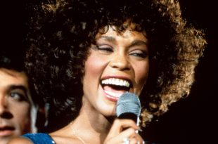 British Director Kevin Macdonald to Direct Documentary About Whitney Houston's Life