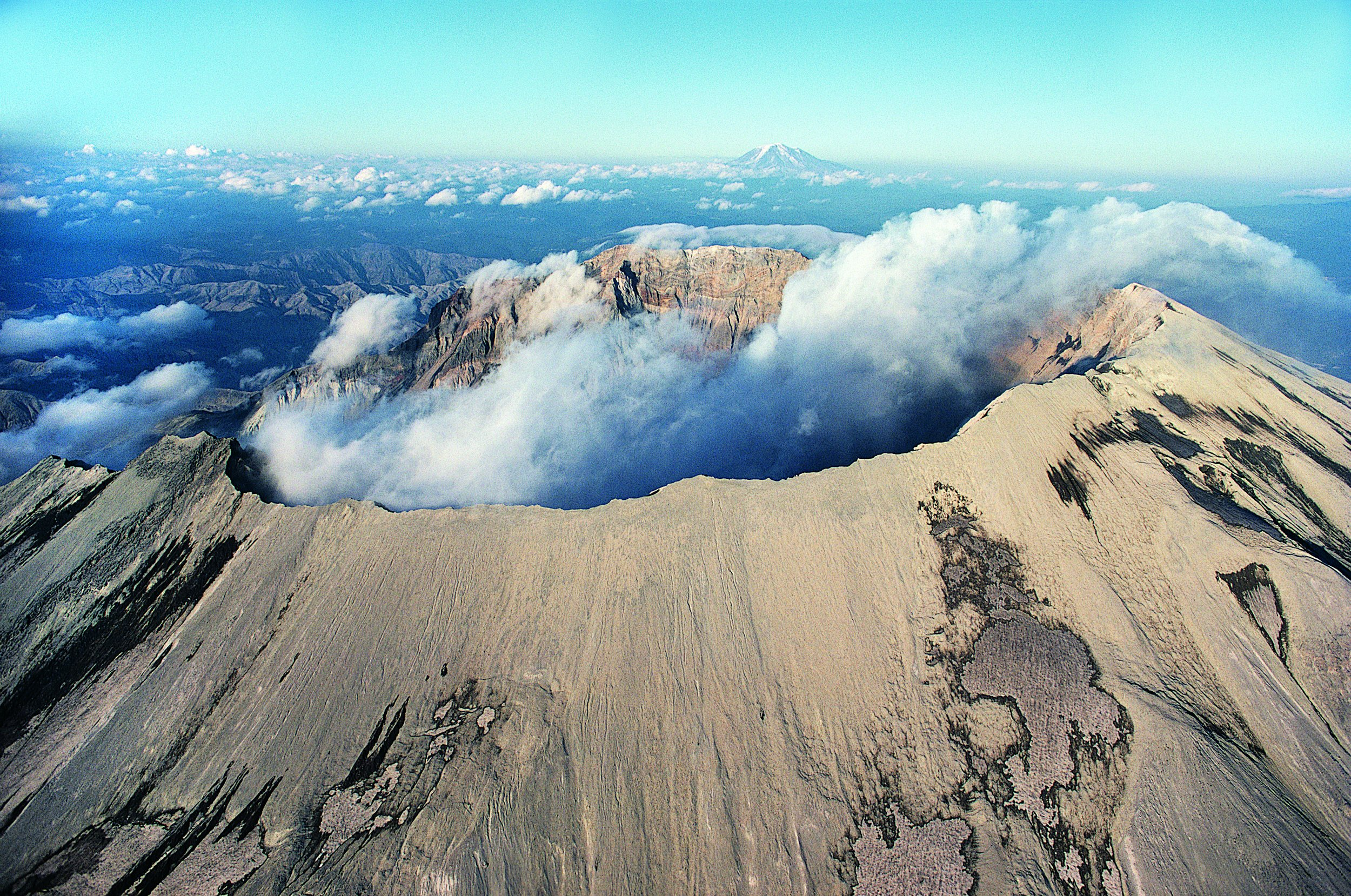 Mount St Helens is Recharging Its Magma