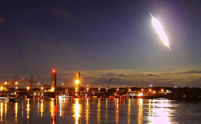 New England Fireball: Bright Flash Seen Across US Northeast Early Tuesday