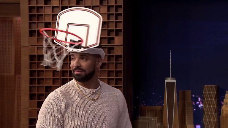 """VIDEO Jimmy Fallon Dunks on Drake in Close Game of """"Faceketball"""""""