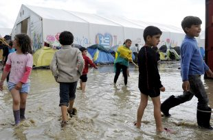 Britain Denies Child Refugees, Accepted 350 Instead of the Promised 3,000