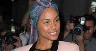 Alicia Keys Blasts Adam Levine For Makeup Shaming
