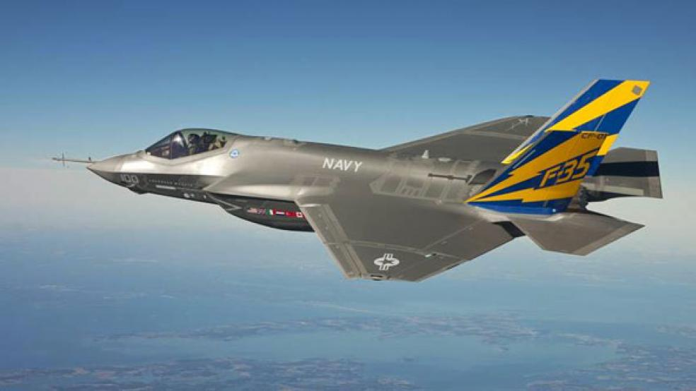 America Is Stuck With a $400 Billion Stealth Fighter That Can't Fight