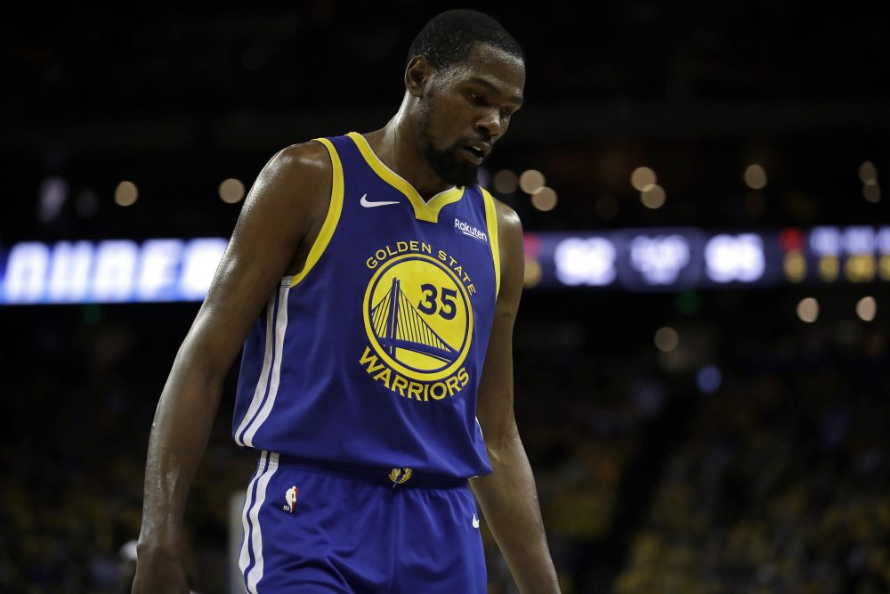 VIDEO Kevin Durant Returns, Re-Injures Right Leg in Game 5 of NBA Finals