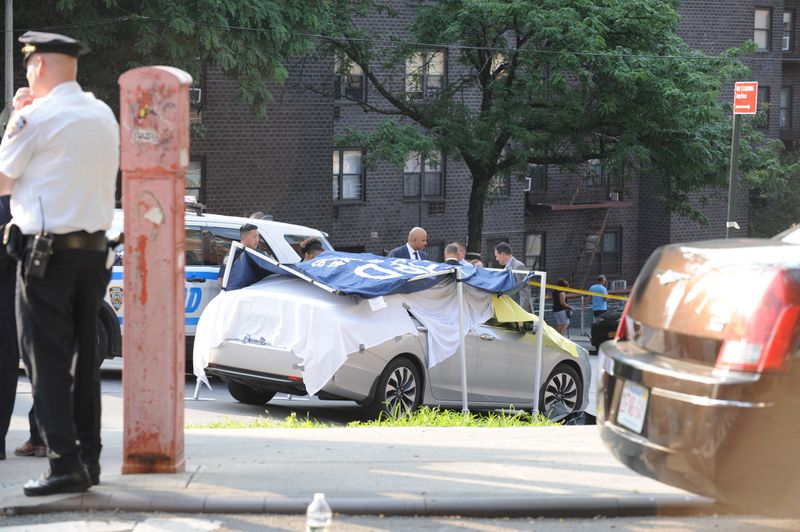 Infant Twins Found Dead in Hot New York City Car; Father Says He Forgot They Were There