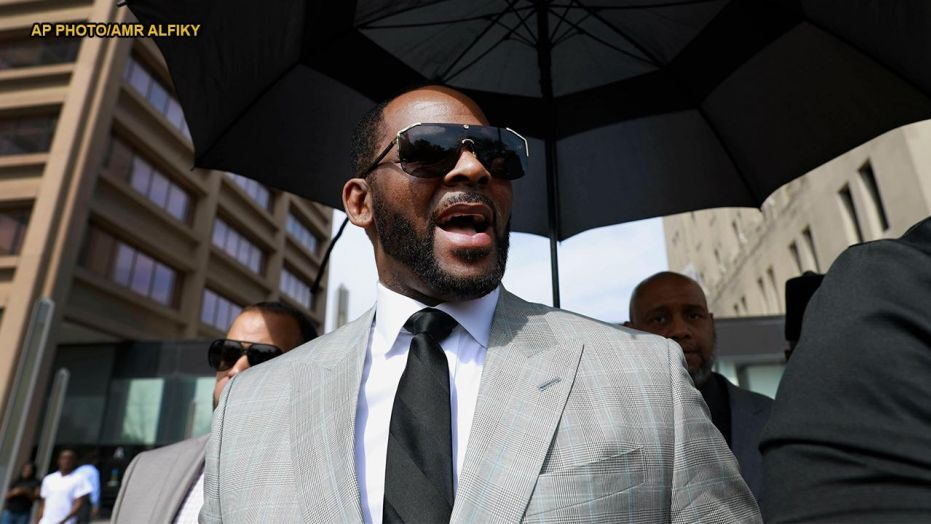 R. Kelly Charged With Soliciting a Minor in Minnesota